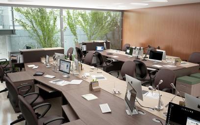 Стильная и яркая, мебель для офиса «X-Ten» создает атмосферу легкого общения, независимости и взаимопонимания.