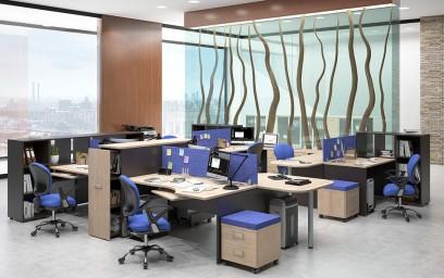Рабочие столы объединены общей опорой и позволяют разместить необходимое число сотрудников.